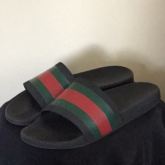 6097eae64ea4 Gucci Other - Men s Gucci Slides size 11 Great condition
